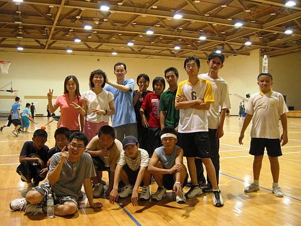 雲光盃籃球比賽合照(教會聯誼賽)