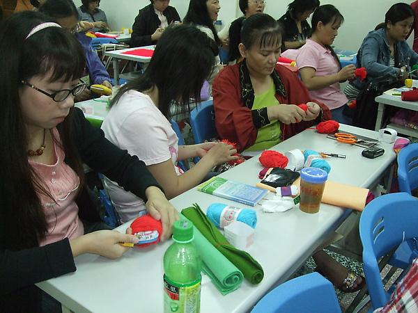 嬰幼兒日常生活教具製作2.JPG
