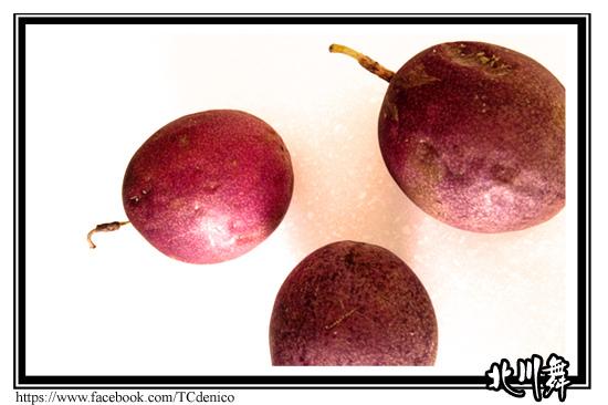 快品嚐當季的美味—百香果