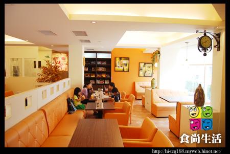 香柚子複合式餐飲-二樓用餐區.jpg