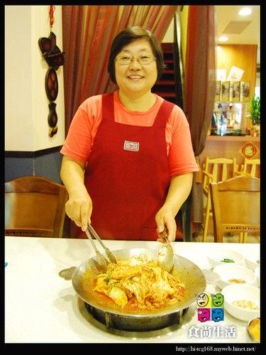 全韓烤肉店 (3)-韓國媽媽+主廚.jpg