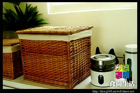 餐具和調味料的家.jpg