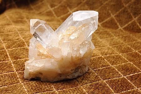 001白水晶柱-31