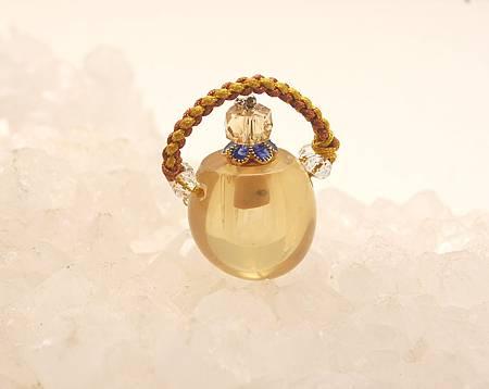 小黃水晶瓶.JPG