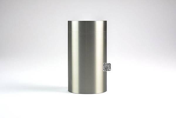直筒錫罐1.jpg