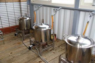台電寒暑假教師研習營,台電冰棒將RO水煮沸放入原料及砂糖