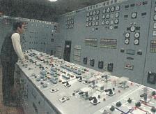 台電寒暑期教師研習,台電電廠旅遊,南投日月潭附近的萬大電廠控制室