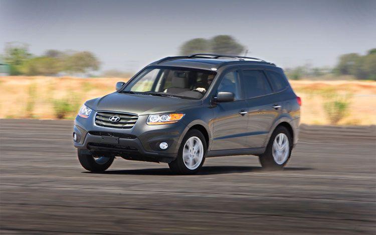 2011-Hyundai-Santa-Fe-1.jpg