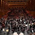 高雄市交響樂團與全體合影