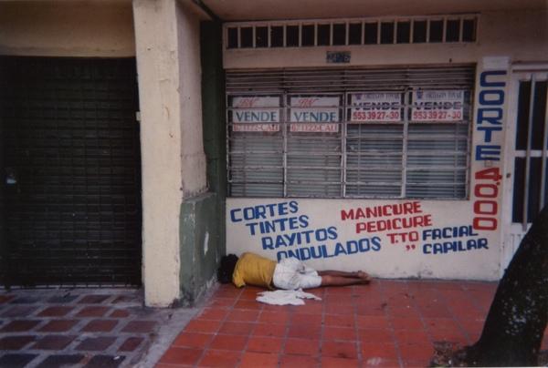 3 哥倫比亞國貧富不均.jpg