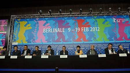 《10+10》柏林影展記者會 導演陣容一字排開陣仗龐大.JPG