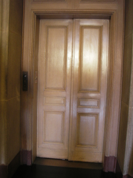 這不是門喔 猜猜看是啥