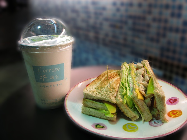 燻雞三明治/冰咖啡