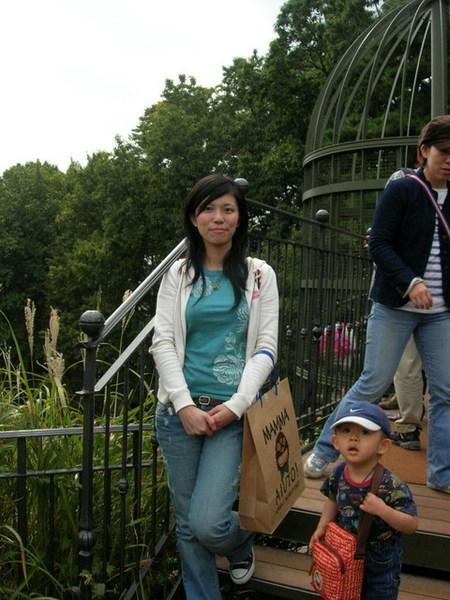 又一個日本型男小孩...戴NIKE的帽子