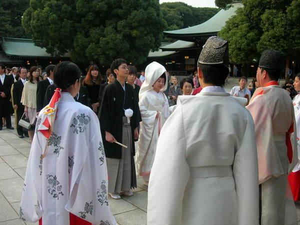 日本新娘都化藝妓妝