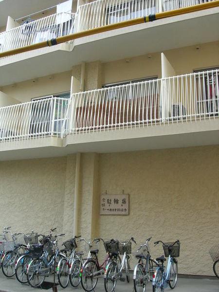 日劇裡的公寓出現了