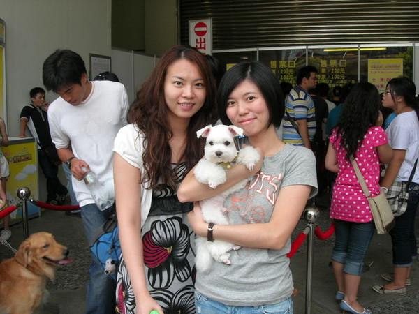 0722 寵物展爆多人...居然還在入口遇到徐瑋瑋