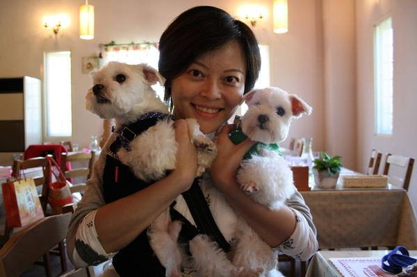 阿比跟bibi初次見面...比娘特地從台南奔來喔