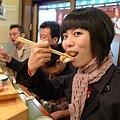 就把第一次的握壽司...獻給築地市場啦