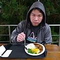 午餐在山上解決...通常風景美的地方吃的都不怎樣
