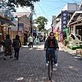 最熱鬧的舊輕井澤銀座通,其實停下車步行比較方便