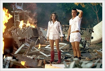 angelina-jolie-mr-mrs-smith-red-boots.jpg