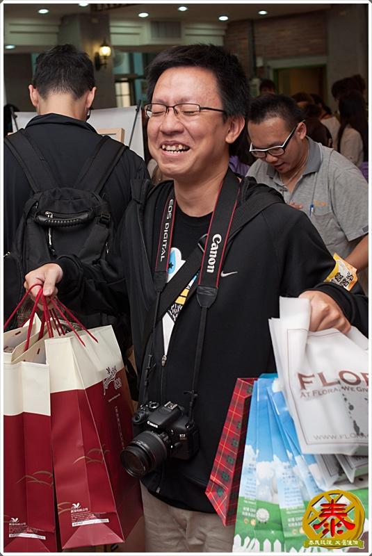 2011-06-18-美食嘉年華    (32).jpg