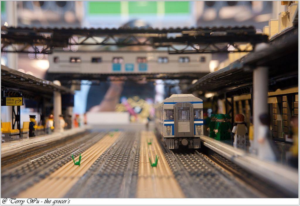 2012-06-10 臺鐵125週年展-樂高機木變身懷舊車站-12