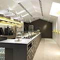 les-bebes-cupcakery-jc-architecture-58202-750x1000.jpg