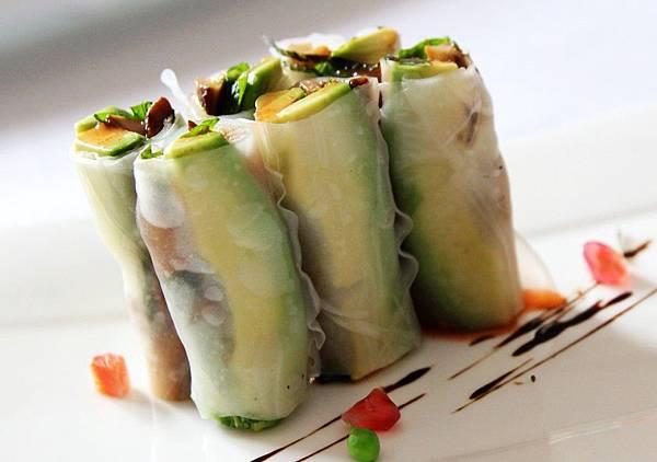 开胃菜西贡水晶卷:鳄梨,有助于降低胆固醇-1024x719.jpg