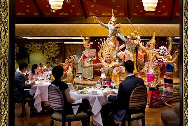 bangkok-restaurant-sala-rim-naam-dancers-5.jpg
