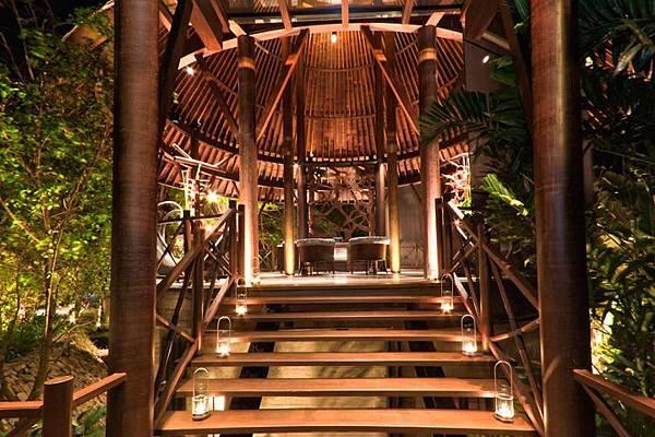 Indigo-Pearl-Hotel-Phuket-Thailand-09.jpg