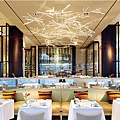 new-york-hotel-restaurant-asiate.jpg