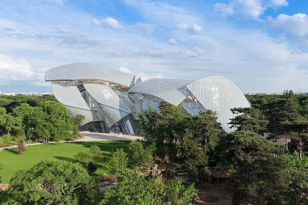 6.Fondation_Louis_Vuitton總佔地面積_11,700_平方公尺.jpg