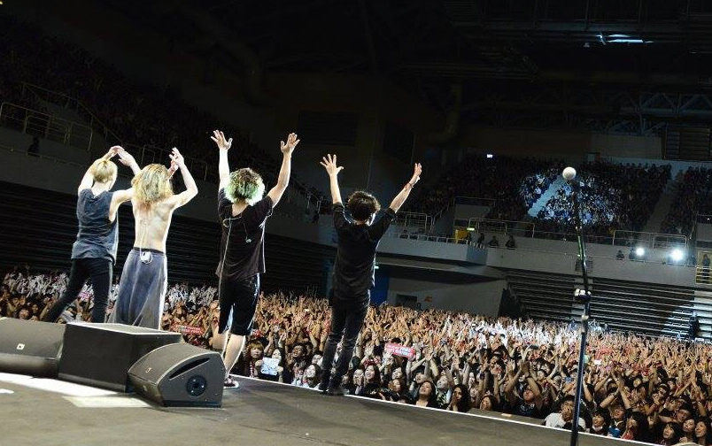 ONE OK ROCK.jpg