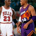 1993-Michael-Jordan-Charles-Barkley-005116058final.jpg