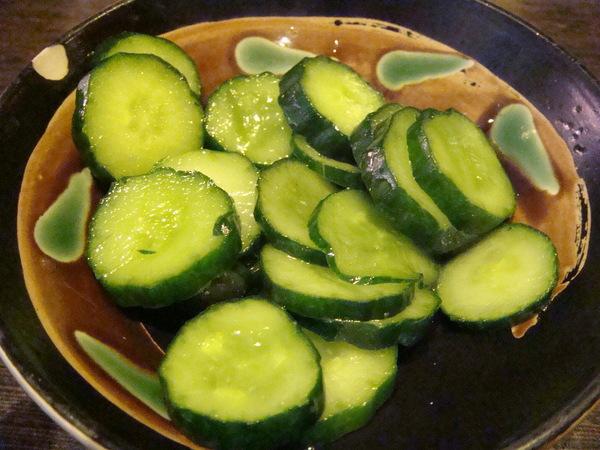 免費小菜:涼拌小黃瓜