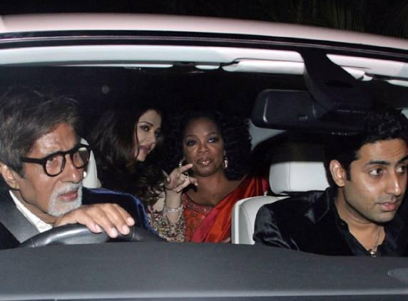 Oprah-Winfrey-Aishwarya-Rai-Bachchan-India-2011_1.jpg