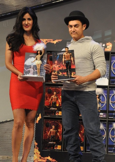 katrina-kaif-with-aamir-khan-dhoom-3-pic1-475x669