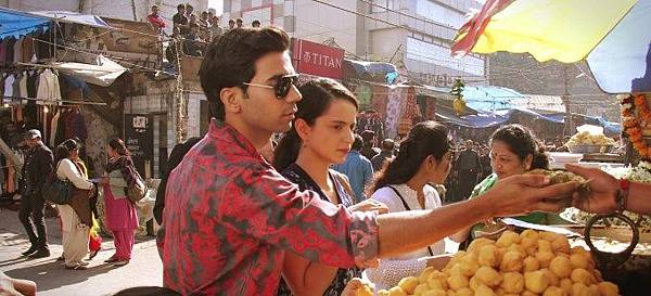 raj-kumar-yadav-kangna-ranaut-still-from-film-queen_139115263320
