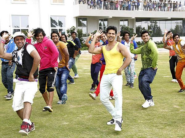 varun-dhawan-still-from-main-tera-hero_139462432900