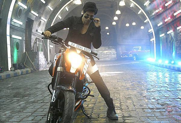varun-dhawan-still-from-main-tera-hero_1393587003100