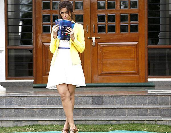 ileana-d-cruz-still-from-main-tera-hero_139462433020