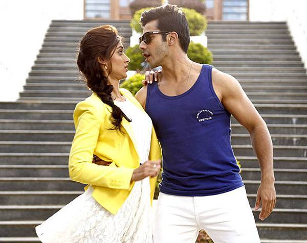 varun-dhawan-ileana-d-cruz-still-from-main-tera-hero_139462433050
