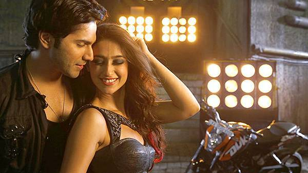 varun-dhawan-ileana-d-cruz-still-from-main-tera-hero_139358700360