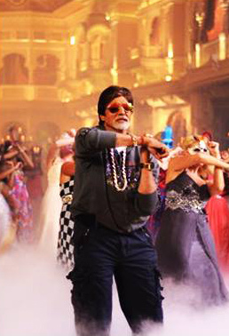amitabh-bachchan-still-from-come-party-with-bhoothnath-song_139400603100