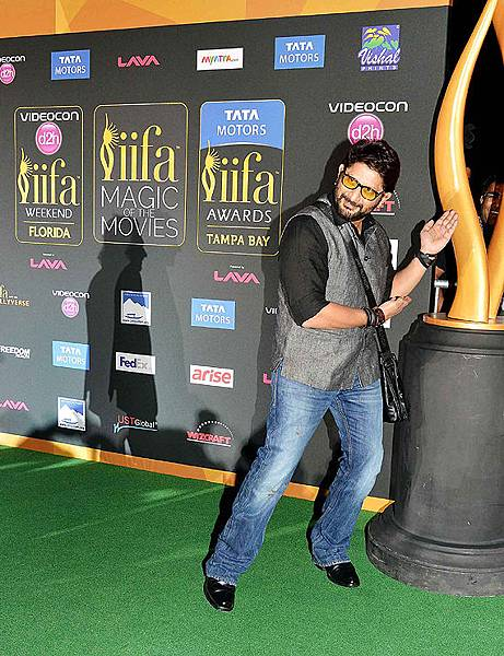 celebs-iifa-magic26