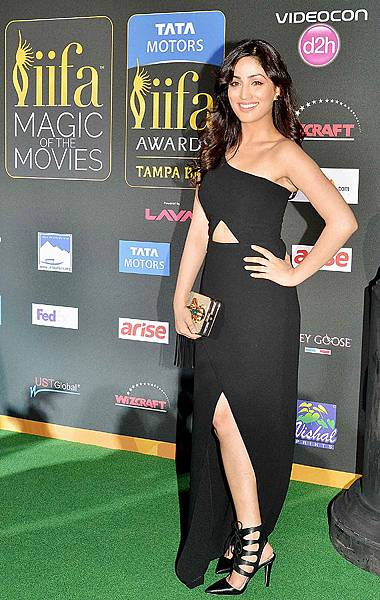 Yami Gautam-celebs-iifa-magic25