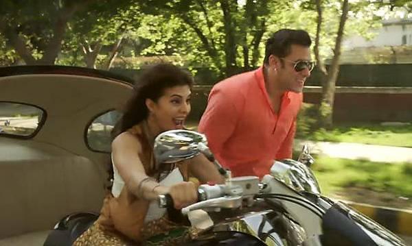 salman-khan-jacqueline-fernandez-in-bollywood-movie-kick_140289575270