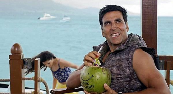 9jhw6r2exai7vd7a.D.0.Akshay-Kumar-The-Shaukeens-Movie-Photo
